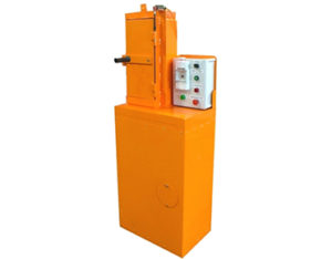 Eight tonne oil filter crusher