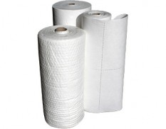 Lint free roll perforated oil and fuel absorbent 40m x 80cm