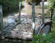Aquatic and marine debris clean up units