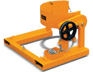 Forklift drum carrier and rotator