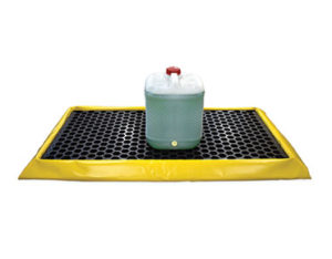 Spill mat with removable grate